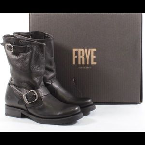 Frye Veronica Short Black leather boot 9